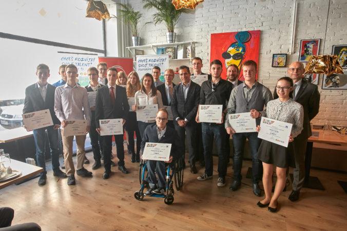 Finalisti AXA Nadačného fondu v Nadácii Pontis 2016 - 2017